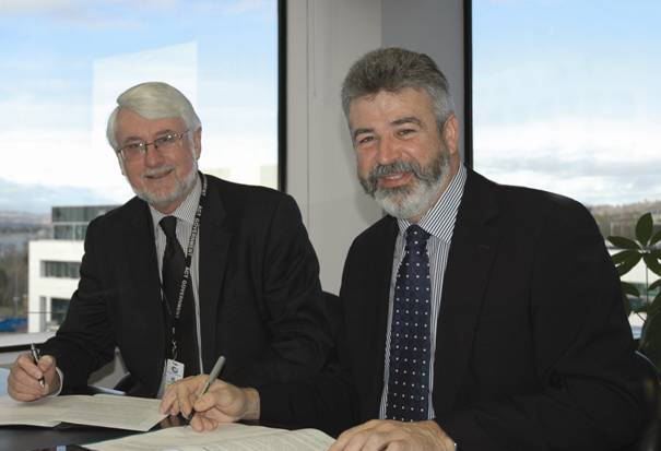 Picture: ABS/ACT Government signing of the IDP by Brain Pink and Andrew Cappie-Wood
