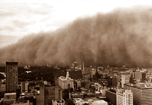 Photograph: Dust storm, Melbourne, February 1983 – courtesy Trevor Farrar, Bureau of Meteorology.