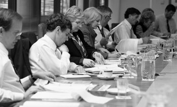Image: Members of the Australian Statistics Advisory Council meeting in May 2006 to provide advice on statistical priorities