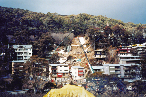Photograph: Thredbo landslide, July 1997 – courtesy Emergency Management Australia.