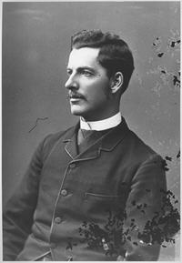 Photo portrait of Timothy Coghlan